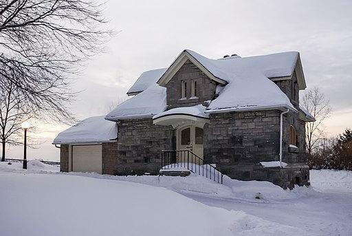Omakotitalon talvikunnossapitoon