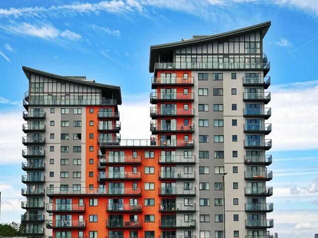 Voiko ulkomaalainen ostaa asunnon Suomessa?