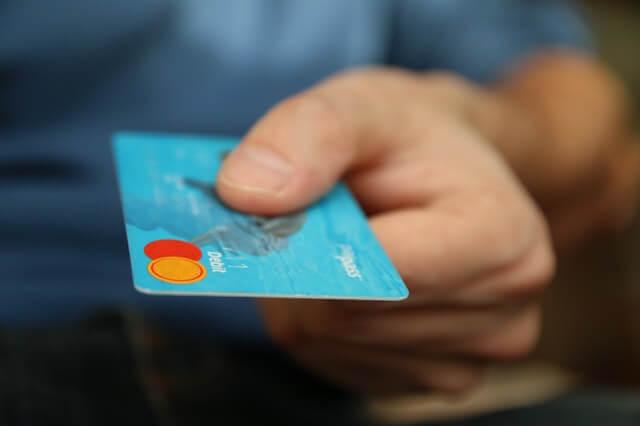 Miten pankit tukevat kuluttajaa korona-aikana?